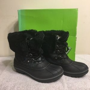 Crocs Womens AllCast II Luxe Snow Boot Black Shimm
